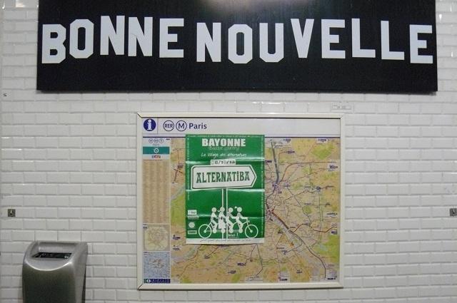 Affiche d'Alternatiba dans le Métro Parisien