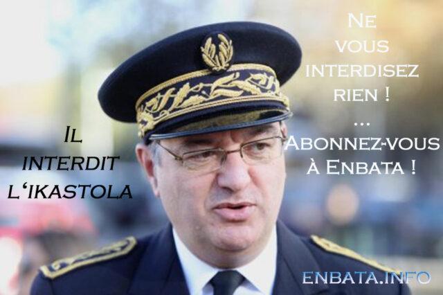 2013-12Sous-Préfet-Dallennes-Enbata