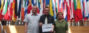 F. Alfonsi, M. Demesmaeker et T. Ždanoka eurodéputés membres du Basque Friendship (http://basquefriendship.wordpress.com) demandant la mise en liberté d'A. Otegi.