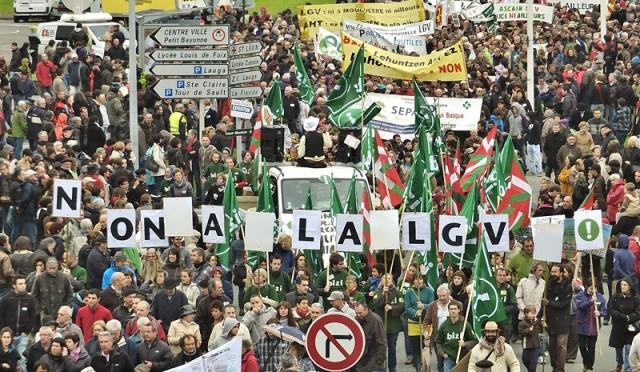 Bizi! à la manifestation anti-LGV
