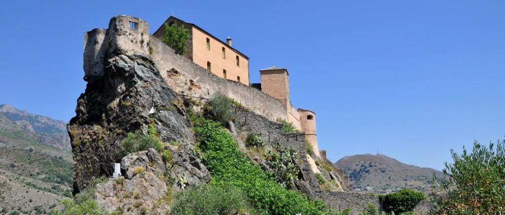 Citadelle de Corte, symbole de la souveraineté corse sous la présidence de Pascal Paoli.