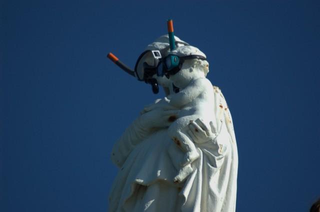 Le Rocher de la Vierge de Biarritz et la mont+®e des oc+®ans