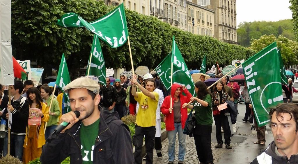 Slogans et hip-hop pour les emplois climatiques