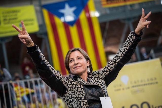 """Carme Forcadell, présidente de l'Assemblée nationale catalane, surnommée la """"marraine de l'indépendantisme"""", a beaucoup contribué à l'unité des forces abertzale."""