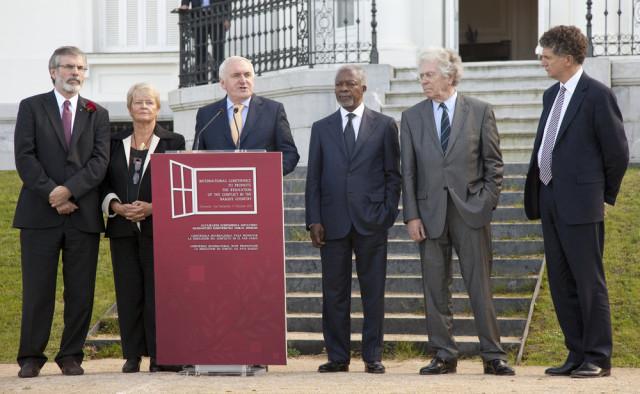 La Conférence internationale de paix de Aiete (une déclaration intégrale sur la paix au Pays basque) effectuée le lundi 17 octobre 2011 à Saint-Sébastien. Présentation de la Déclaration par l'ancien Secrétaire général de l'ONU et prix Nobel de la Paix Kofi Annan; l'Irlandais Gerry Adams, président du Sinn Féin ; l'ancien Premier ministre irlandais Bertie Ahern, l'ancien ministre français de l'Intérieur Pierre Joxe ; l'ancienne première ministre norvégienne, Gro Harlem Brundtland ; et l'ancien chef de cabinet de Tony Blair, Jonathan Powell.
