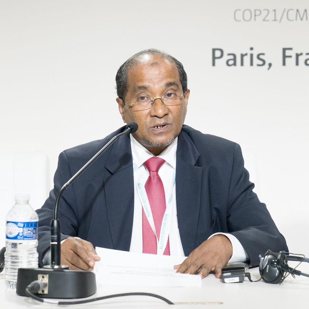 Abdullahi Majeed, Ministre de l'environnement et de l'énergie des Maldives