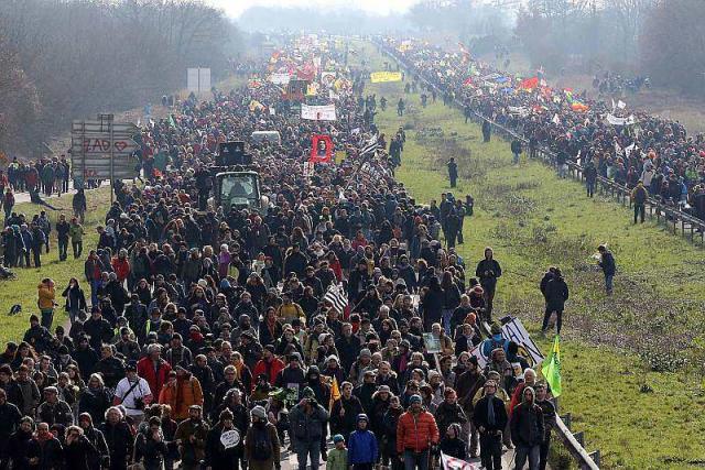 Le samedi 27/02/2016, plus de 50 000 manifestants contre le projet d'aéroport de NDDL.