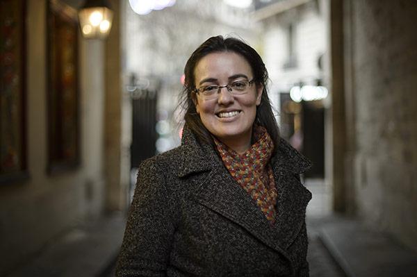 Sophie Béroud, Zientzia Politikoetako irakasle titularra, Lyon-II-Triangle unibertsitatea (artikulua 2016ko apirileko Le Monde diplomatique-n argitaratu da)