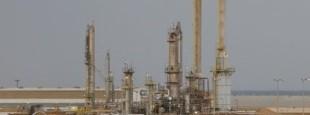 """""""L'Arabie Saoudite ne se limite pas à distiller et à répandre cette essence hyper inflammable, elle contribue aussi à son allumage par certains de ses féodaux qui financent des groupes djihadistes à travers des fondations pieuses."""""""