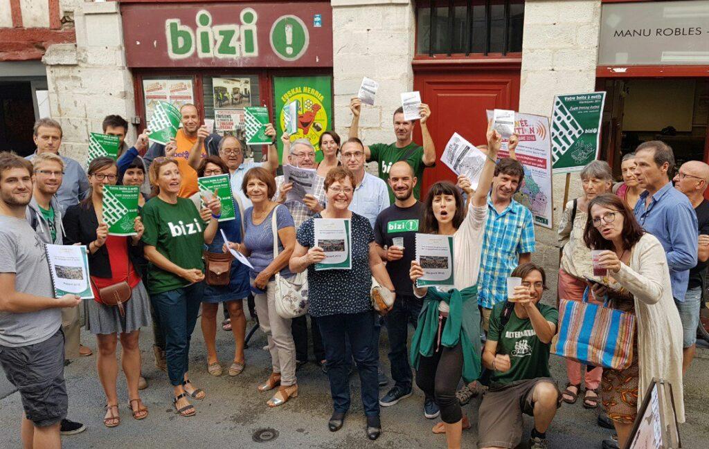 Le samedi 24 septembre 2016 à Bayonne, lors de la présentation publique du premier rapport du comité Hitza hitz de suivi des engagements municipaux sur la transition énergétique.