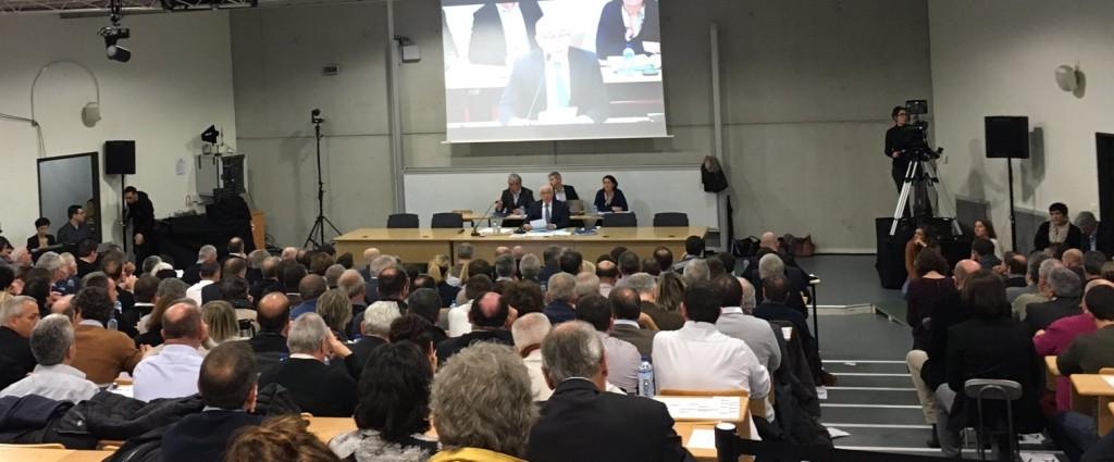 Samedi 4 février, photo d'ouverture du 2nd conseil de la Communauté d'agglomération du Pays basque, à l'ordre du jour élection des vice-présidents et conseillers membres du conseil permanent.
