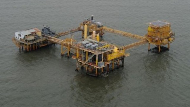 plateforme-petrole-m