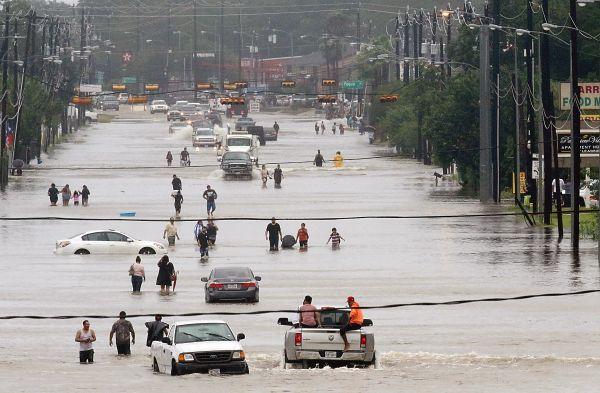 Les rues de Houston, au Texas, sont innondées par l'ouragan «Harvey».