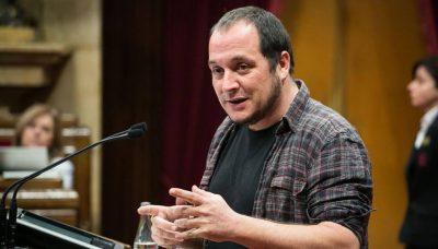 David Fernandez, journaliste, ancien député de la CUP et militant indépendantiste, altermondialiste et internationaliste catalan, inlassable défenseur de la non-violence, du féminisme, de l'écologie, des migrants, de l'anti-fascisme...