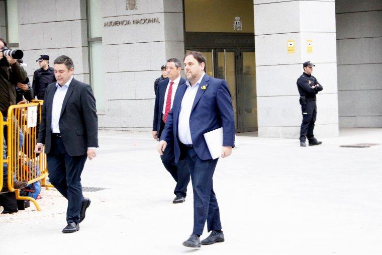 Oriol Junqueras lors de son arrivée à l'Audiencia Nacional pour être inculpé et incarcéré.