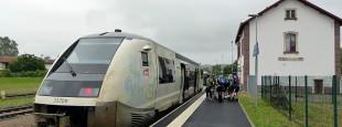 La liaison ferroviaire Garazi-Baiona devrait être aménagée avec davantage d'arrêts et des horaires mieux adaptés.