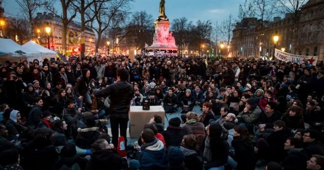Nuit Debout ekimeneko sektoreak gogoetan ari dira ekimen federatzaileak piztu nahian.