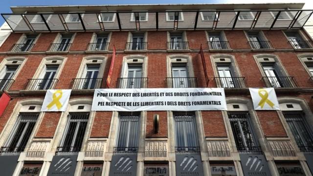 Perpignan, le conseil départemental affiche son soutien aux prisonniers politiques catalans