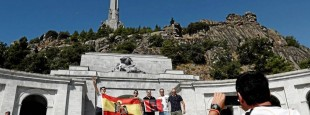 Le mausolée du Valle de los Caídos abrite aussi les dépouilles de près de 34 000 nationalistes et républicains.