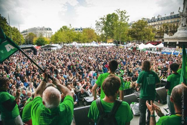 Arrivée du Tour Alternatiba à Paris avant l'organisation de la COP21.