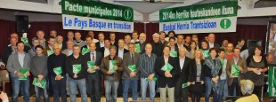 Représentant·e·s des listes candidates aux Municipales 2014 ayant signé le Pacte de Transition Ecologique de Bizi! en 2014