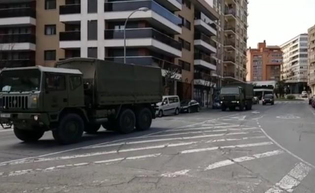 L'armée espagnole dans les rue de Tudela (Navarre).