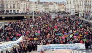 Manifestation en faveur de la Collectivité Territoriale, le 1er juin 2013.