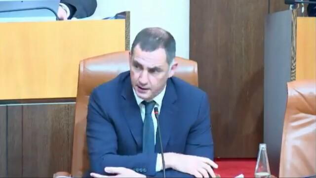 Cliquer sur l'image pour voir la vidéo de l'intervention de Gilles Simeoni du 22 décembre 2020 sur l'application du droit concernant les prisonniers politiques corses.