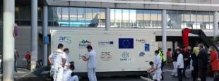 L'hôpital mobile déployé aux urgences du Centre Hospitalier de la Côte Basque à Bayonne
