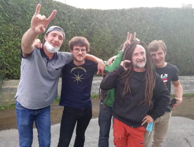 Xiberoko @xiberoots,  taldeak sortu du aurtengo kantua, Delirium Tremens taldeko Andoniren parte hartzearekin. Dantza BAGA BIGA BOGA!! Klika irudian bideoa ikusteko.