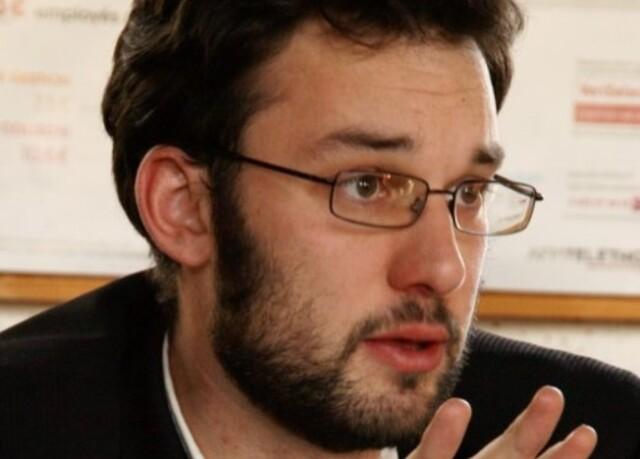 Nil Caouissin, auteur du Manifeste pour un statut de résident en Bretagne.